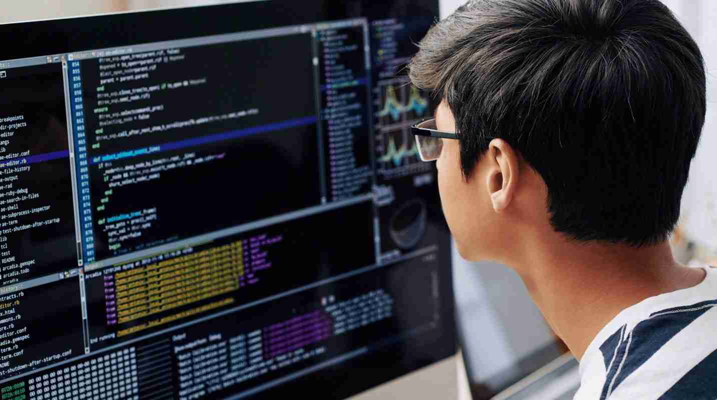 How to Hire The Best Cybersecurity Experts: Tips For Small Businesses